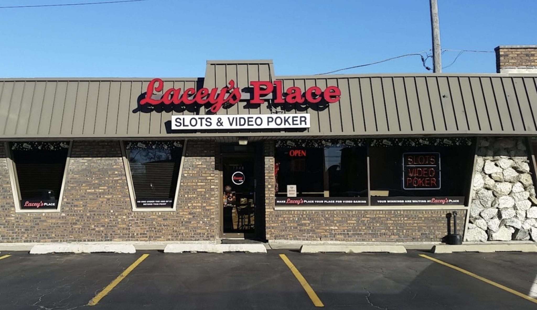 Lacey's - Bridgeview 79th