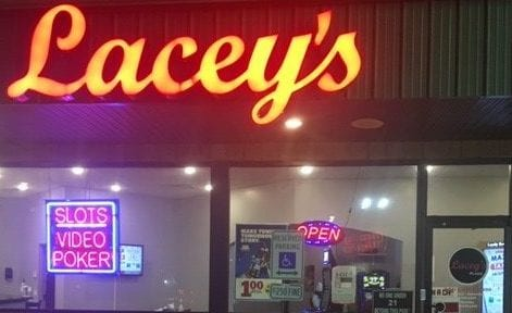 Lacey's - Decatur N Water